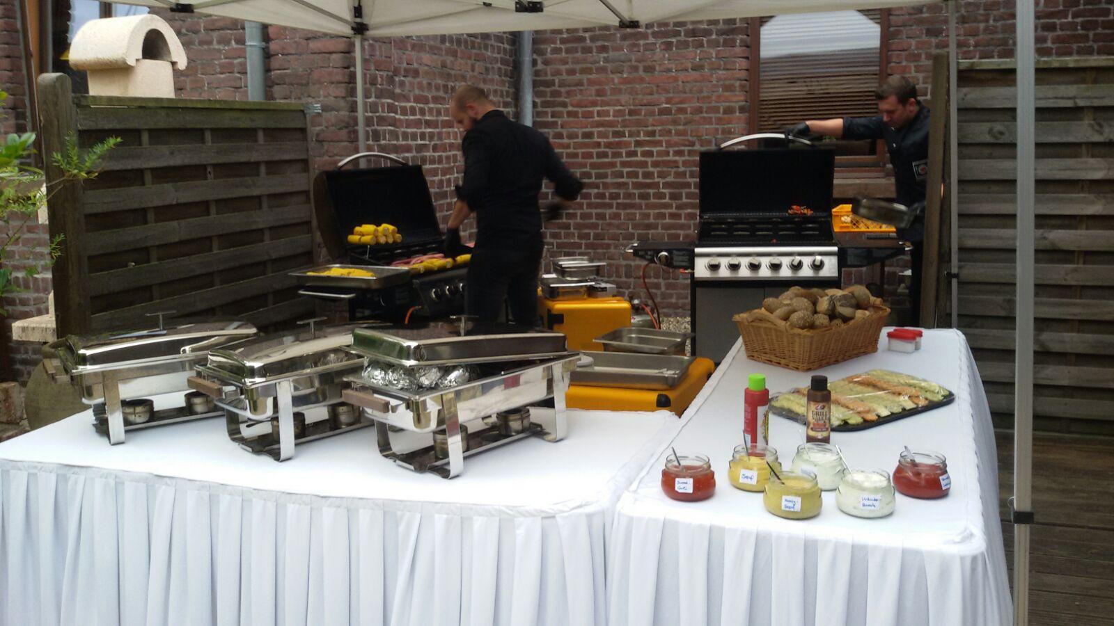 Barbecue zum Geburtstag, 95 Personen